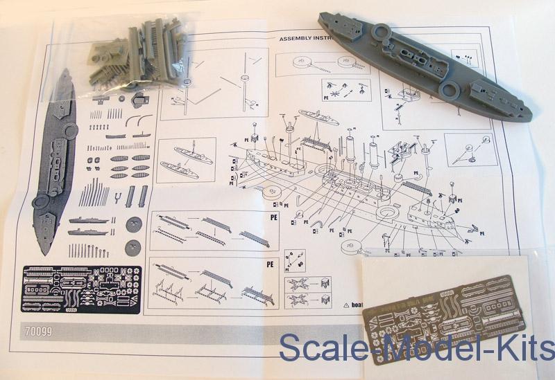 USS Maine Battleship, 1895-Combrig plastic scale model kit in 1:700
